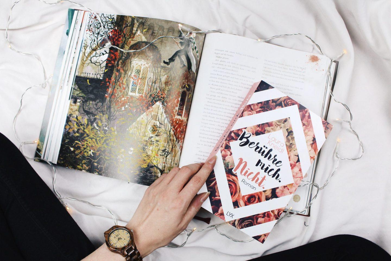 Oktoberblüten [10/17]: Der Lesemonat der Rereads